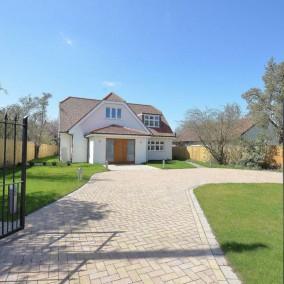 Maison 4/5 chambres Basse-Ham Road, accès sur la tamise, Kingston, Surrey,