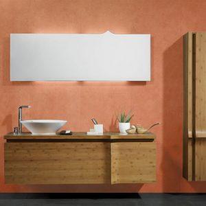 Tadelakt pour mettre en avant une salle de bain avec un grand mirroir, un lavabo design